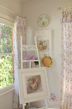 Christie Repasy paintings and vintage hats.  Cindy Brown Design