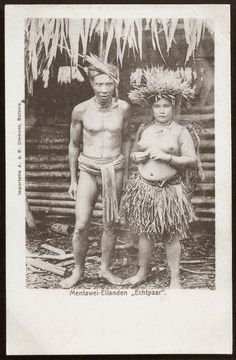native Man and Woman ~ Indonesia ~ ca 1906 Mentawai (also known as Mentawei and Mentawi) people are the native people of the Mentawai Islands, West Sumatra province, Indonesia. Old Pictures, Old Photos, Vintage Photos, Shaman Ritual, Maluku Islands, Indigenous Tribes, Dutch East Indies, Tribal People, Folk