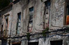Abandoed balkonies in Sicilia