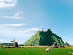 The Dutch Mountain: if the Dutch can make land from sea, why not build a mountain? Initiator Thijs Zonneveld explains and all engineering aspects will be discussed during the activity of @KIVI_sports the 23rd of May