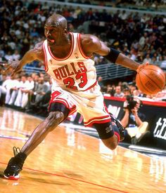 1995-96 Chicago Bulls - Michael Jordan, tongue out and all... #NBA
