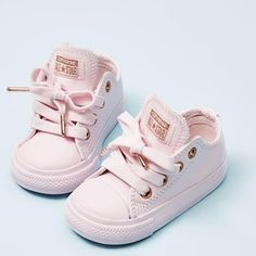 Baby outfits toddlers kids fashion ideas for 2019 Cute Baby Shoes, Baby Girl Shoes, Cute Baby Clothes, My Baby Girl, Girls Shoes, Baby Girl Converse, Baby Shoes For Girls, Baby Girl Clothing, Pink Shoes