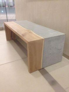 Salontafel in combinatie van elmhout en beton naar design van Adam Christopher. Prijs onbekend. Natuurlijk ook zelf te maken als eettafel, kast of bijzettafel.