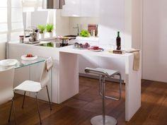 einrichtungstipps kleine küche ideen  L-form küchenzeile esstheke weiß glas esstich