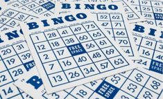 Zie jij iets dat op je kaart staat? Dan mag je deze doorstrepen. Wie heeft er als eerste zijn kaart vol?  Neem zeker een kijkje op onze website voor voorbeelden van bingokaarten.