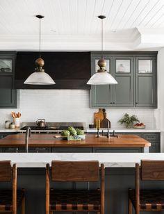Green Kitchen Island, Dark Green Kitchen, Green Kitchen Cabinets, Green Kitchen Countertops, Green Kitchen Interior, Green Kitchen Designs, Marble Counters, Kitchen Dining, Amber Interiors