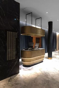 Find the best and most luxurious inspiration for your next lobby or reception interior design project here. For more visit Lobby Interior, Office Interior Design, Interior Architecture, Lobby Design, Design Hotel, Home Design, Reception Desk Design, Lobby Reception, Hotel Reception Desk