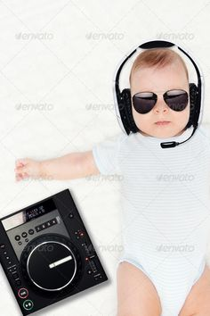 Little DJ he is so cute! I love this photo ! Attitude, Dj, Stock Photos, My Love, Cute, Stuff To Buy, Kawaii