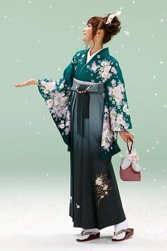 furisode hakama - Google Search Traditional Japanese Kimono, Traditional Fashion, Traditional Dresses, Japanese Outfits, Japanese Fashion, Japanese Clothing, Kimono Fashion, Fashion Outfits, Furisode Kimono