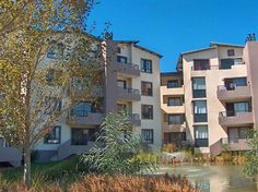 Explore this property 2 Bedroom Apartment in Somerset West Central