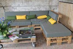 construire un salon de jardin en bois de palette. Black Bedroom Furniture Sets. Home Design Ideas