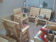 Why Teak Outdoor Garden Furniture? Outdoor Furniture Chairs, Adirondack Furniture, Outdoor Armchair, Diy Garden Furniture, Arm Chairs, Painting Wooden Furniture, Wood Pallet Furniture, Antique Furniture, Pallet Chair