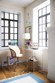 No matter the size of the room, your home office should be an oasis for productivity. These small office space ideas are sure to inspire you to come up with unique ways to design your desk area—all while providing plenty of storage and style. Small Space Office, Desks For Small Spaces, Small Space Living, Furniture For Small Spaces, Home Office Furniture, Small Apartments, Living Spaces, Work Spaces, Small Workspace