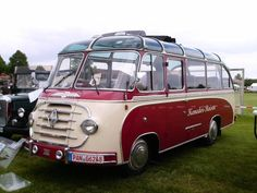 ♥♦♥ Borgward by Ottenbacher Retro Bus, Luxury Bus, Day Van, Cool Campers, Bus Coach, Public Transport, Car Pictures, Old Cars, Motorhome