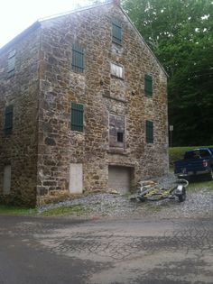 Tobacco Warehouse on the Town Run, Shepherdstown WV Places To Travel, Places To Visit, Jefferson County, West Virginia, Ancestry, 18th Century, Warehouse, Affair, Past