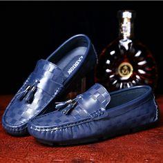 US $29 New Arrival Brand Men Tassel Loafer Shoes Slip-on Soft Gentlemen Moccasins Flat Driving Beautiful Pattern High Quality