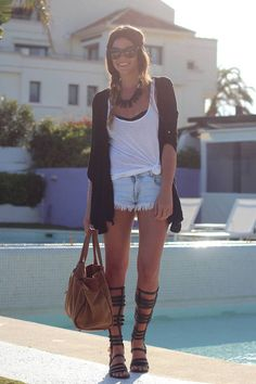 Street style   Denim shorts, white top and roman high sandals