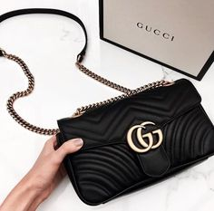 Find tips and tricks, amazing ideas for Gucci purses. Discover and try out new things about Gucci purses site Fall Handbags, Chanel Handbags, Handbags On Sale, Purses And Handbags, Burberry Handbags, Leather Handbags, Gucci Purses, Gucci Bags, Gucci Gucci
