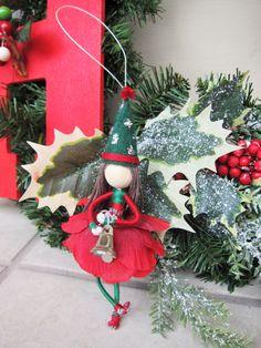 Christmas Elf Doll, Christmas Fairy, Christmas Ornaments To Make, Felt Ornaments, Handmade Christmas, Diy Elf Dolls, Diy Doll, Fairy Crafts, Holiday Crafts