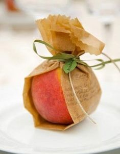 Apple Gift I am loving this sweet and simple wrap for an apple just in time for back to school.