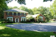 Kings Park! 8 Br, 5.5 Bath!  Home sits on 1 Acre Parcel.