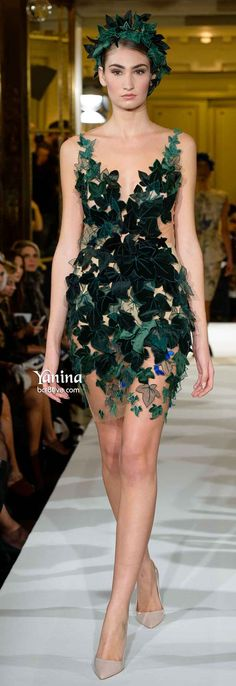 Yanina Spring 2014 Haute Couture Be Eve looking for her Adam in this ivy inspired cocktail Floral Fashion, Green Fashion, Fashion Art, High Fashion, Fashion Show, Love Fashion, Fashion Design, Steampunk Cosplay, Couture Fashion