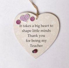 Best Teacher Quotes, Teacher Sayings, Creative Kids, Creative Crafts, Teacher Appreciation Gifts, Teacher Gifts, Diy Keyring, Bloom Quotes, Teachers Day Card