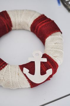 5-Minute-Nautical-DIY-burlap-wreath-summer-Crafts-Unleashed-15