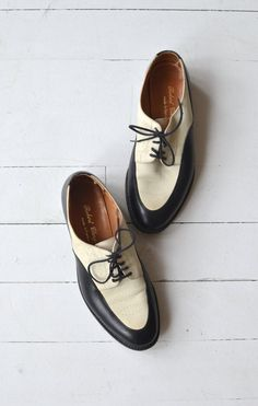 Dandy Oxfords vintage two-tone leather brogues by DearGolden