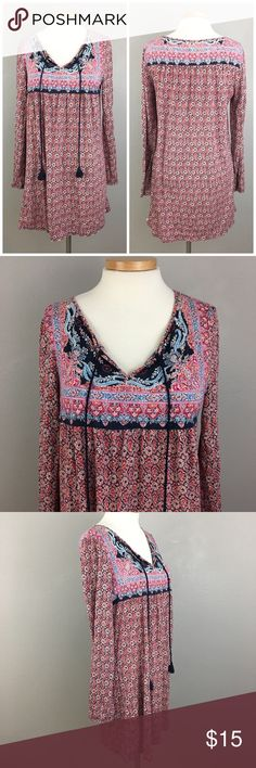 """Lucky Brand Boho Long Sleeve Stretch Dress Lucky Brand Boho Long Sleeve Stretch Dress. Size small. Dress hits slightly above knee length. Thank you for looking at my listing. Please feel free to comment with any questions (no trades/modeling).  •Bust: 40""""  •Length: 32"""" •Condition:  VGUC, no visible flaws.   25% off all Bundles or 3+ items! Reasonable offers welcome. JC Lucky Brand Dresses Mini"""