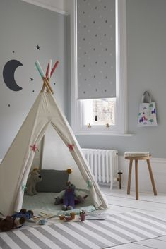 Shop our Range of Made to Measure Children's Blinds. Book a FREE In-Home Design Appointment or Order Free Samples Now! Twinkle Star, Twinkle Twinkle, Childrens Blinds, Nursery Blinds, Kids Bedroom, Bedroom Ideas, Grey Roller Blinds, Through The Window, Great Night
