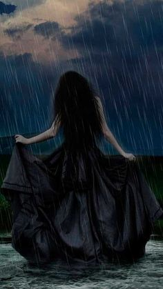 Gothic girl and Rain Dark Gothic Art, Gothic Fantasy Art, Dark Art, Dark Beauty, Gothic Beauty, Vampires, Gothic Pictures, Arte Obscura, Love Rain