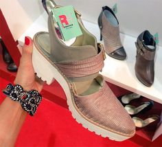 Zapatos! La moda Otoño / Invierno 2015 | Bloc de Moda: Noticias de moda, fashion y belleza Primavera Verano 2015