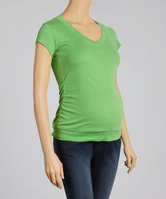 Another great find on #zulily! Oh! Mamma Kelly Green Ruched Maternity V-Neck Top by Oh! Mamma #zulilyfinds