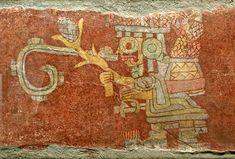 Teotihuacan, Zacuala Período clásico, fase de Xolalpan. 350-550 d.C. Estuco y pigmentos 45 x 92 x 2,4 cm Museo Nacional de Antropología, México, D.F.  Tláloc, el dios del agua y de la fertilidad, lleva un canasto con mazorcas de maíz y sostiene una planta de maíz y una bolsa en sus manos.