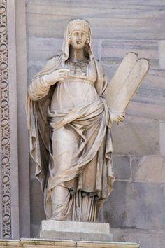 La Legge Vecchia - Stare Prawo - figura na katedrze Duomo w Mediolanie Statues, Greek, Art, Figurative, Art Background, Kunst, Effigy, Performing Arts, Greece