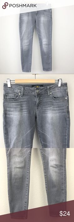 "Lucky Brand Lolita Skinny Grey Ankle Jeans Lucky Nramd Lolita Skinny Grey Ankle Skinny Jeans with fading down thighs. Excellent used condition, a barely noticeable spot on right knee as shown in pics. No holes tears or major signs of wear. 30"" waist, 8"" rise, 27"" inseam. Lucky Brand Jeans Skinny"