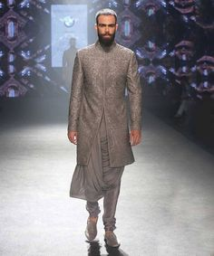 Indian Fashion           - Shantanu and Nikhil Couture