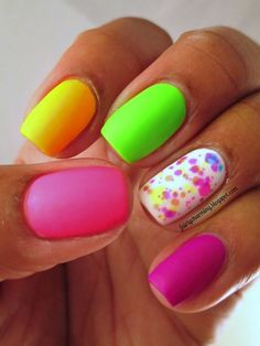 If you start thinking about what kind of nail design you want this year, why not consider neon nail art designs? It's a trend we can't get rid of because they look cool. The advantage of neon nails is that you can mix different designs together. Neon Nail Art, Neon Nails, Love Nails, How To Do Nails, Nail Designs 2014, Neon Nail Designs, Nail Polish Designs, Gorgeous Nails, Pretty Nails