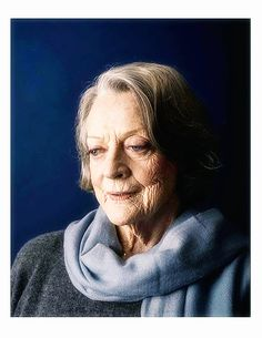 Maggie Smith, photographed by Tom Jamieson for the New York Times...