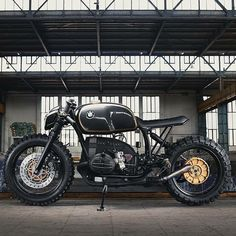 this will kill - overboldmotorco:   @caferacergram  by CAFE RACER...