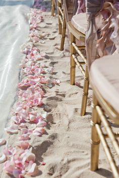 Revel in a touch of old Hollywood glitz in a tropical locale.  #DestinationWedding #BeachWedding