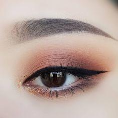 asian makeup – Hair and beauty tips, tricks and tutorials Makeup 101, Eye Makeup Art, Kiss Makeup, Cute Makeup, Pretty Makeup, Makeup Inspo, Eyeshadow Makeup, Makeup Inspiration, Makeup Tricks