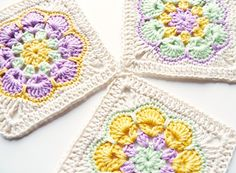 Download African Flower Square Crochet Pattern (FREE)