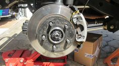 Ten Jeep Repairs You Should Learn - 9. Servicing the brakes