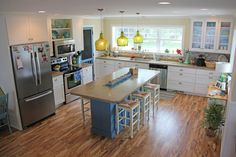 Colorful Lake Home Kitchen Remodel by Dave Erwin Construction Inc.