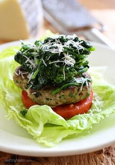 These Broccoli Rabe Turkey Burgers are deliciously flavorful – I skipped the bun, served them over lettuce and topped with sauteed broccoli rabe Broccoli Rabe And Sausage, Chicken Broccoli, Broccoli Raab, Fresh Broccoli, Turkey Recipes, Dinner Recipes, Lunch Recipes, Cooking Recipes, Healthy Recipes