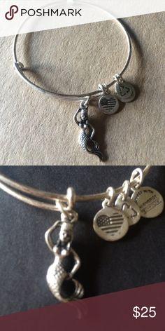 NWT Alex and Ani mermaid bangle Brand new with tags...rafailan silver bangle. From a smoke and pet free home. ❌NO TRADES❌ Alex & Ani Jewelry Bracelets