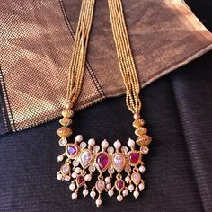 Tanmani necklace in gold beads Gold Mangalsutra Designs, Gold Jewellery Design, Bridal Jewelry, Beaded Jewelry, Pearl Jewelry, Gold Jewelry, Pearl Necklace Designs, Jewelry Patterns, Indian Jewelry