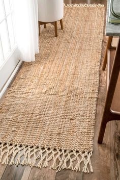 Great MauiHand Woven Jute With Wool Fringe NT24 Rug